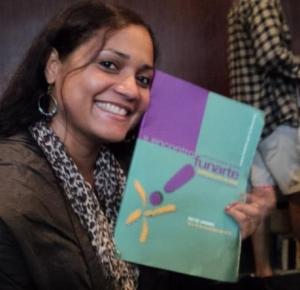 A educadora Rozane Suzart: comunicação voltada para a prática educativa
